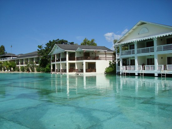 Plantation Bay Resort And Spa: the rooms