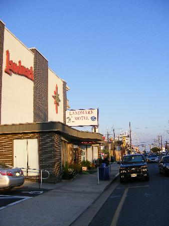 Landmark Motel: Distance de la plage