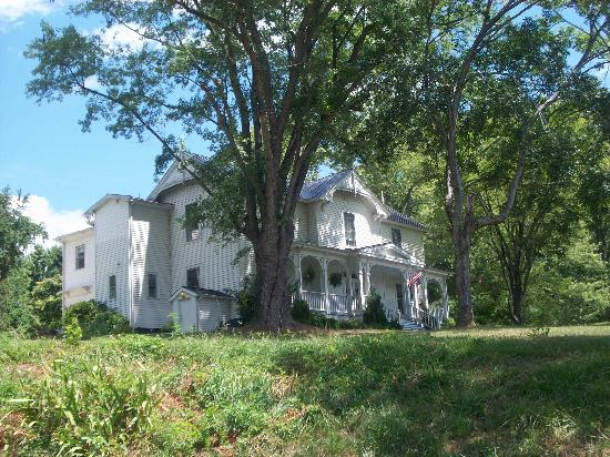 Orchard House Bed and Breakfast: the Orchard House