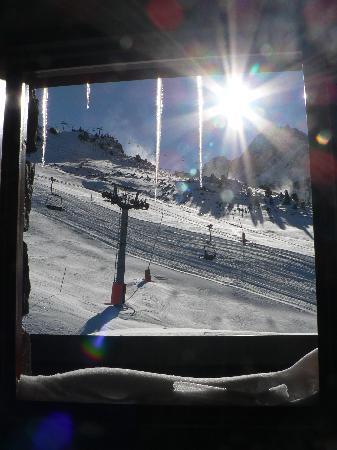 Grau Roig Andorra Boutique Hotel & Spa : vistas desde la ventana a las pistas