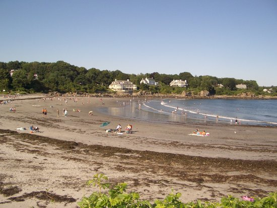 York Harbor, ME: The Harbor Beach at Stage Neck Inn