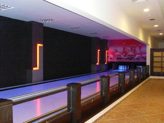 Alba Royal Hotel: Indoor Bowling