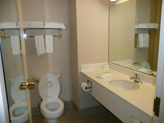 Country Inn & Suites by Radisson, Williamsburg Historic Area, VA: hotel