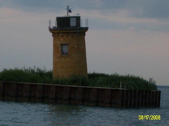 Lake St. Clair Metropark: Lighthouse 2 -