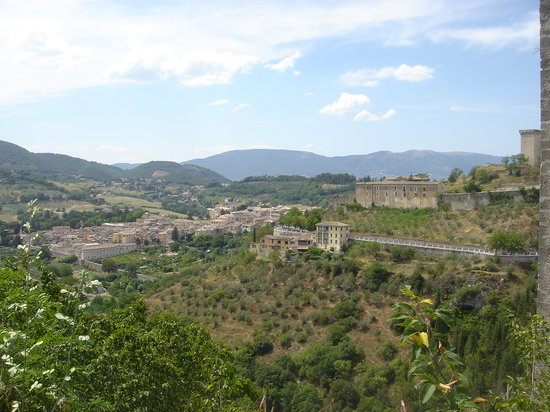Hotel Palazzo Leti: View of Spoleto from Aqueduct