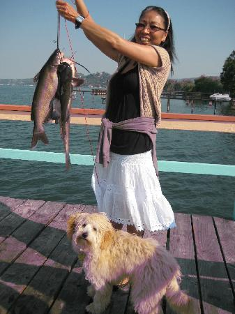 Vista del Lago Lakehouse and Cottages: Cat Fish & Large Mouth Bass