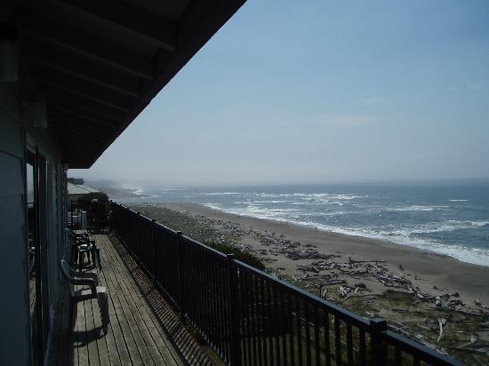 Ocean Terrace Condominium Suites: View from Balcony 2