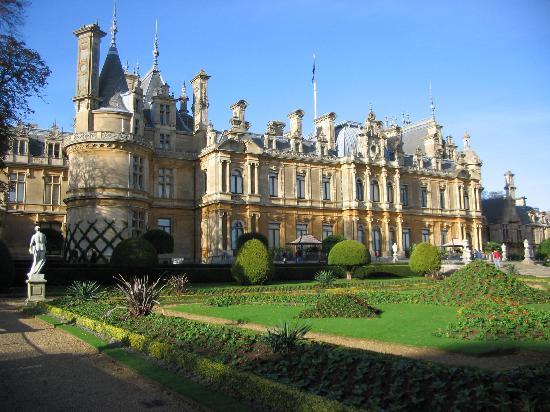 Waddesdon, UK: Rothchild Chateau