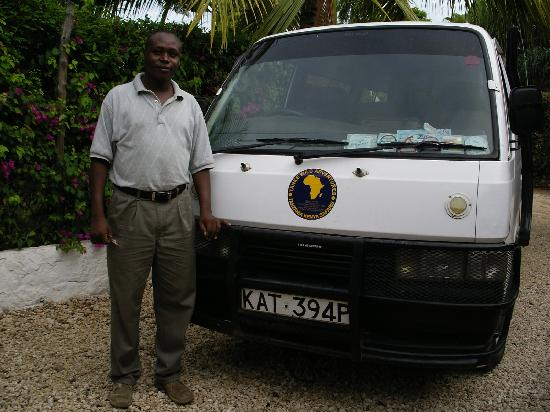 Diani Beach, Kenya : Titus and the Tour Bus