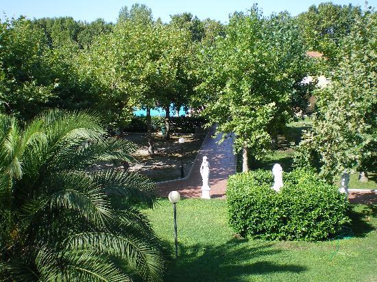 Loriana Park Hotel: vue de la chambre