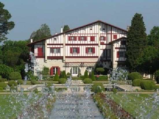 Hostellerie du Parc : la villa Arnaga à Cambo