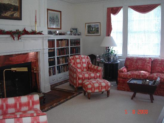 Squire House: One of several Reading Rooms