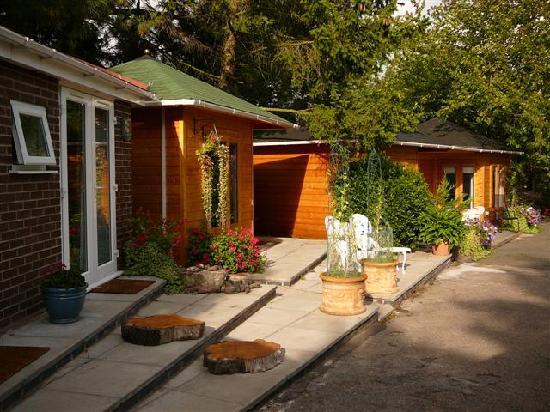 Redlands Guest House: A chalet