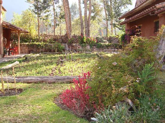 Urubamba Villas: gardens