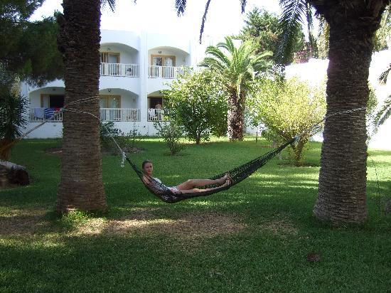 The Orangers Beach Resort & Bungalows : The gardens