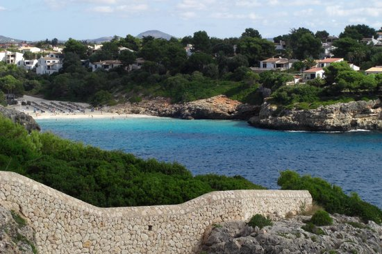 Cala Mandia, Spain: other local beach from the hotel grounds