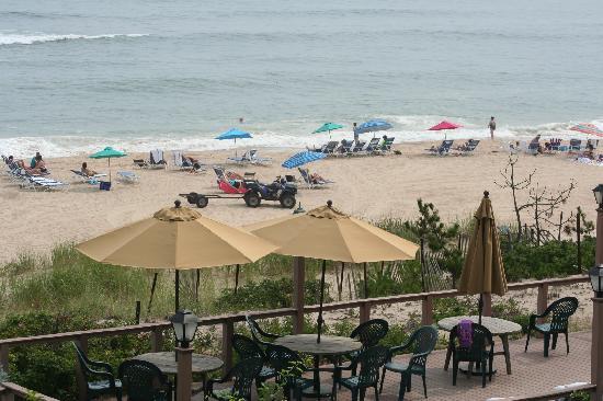 Wavecrest Oceanfront Resort: View from the room