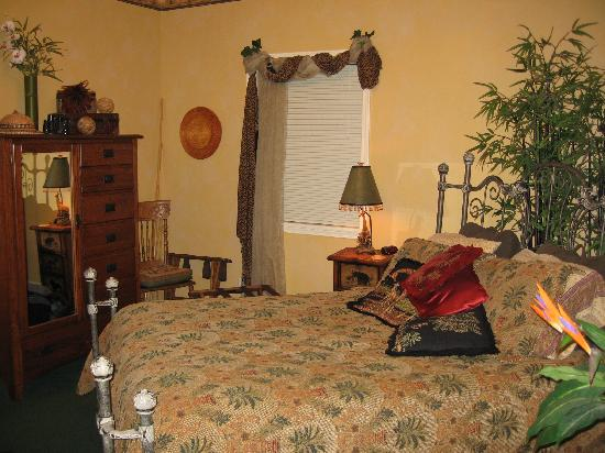 The Seely House Bed and Breakfast: bedroom