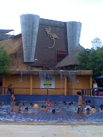 Magic World Aquatic Park: La alverca de o0olas mui chida jujuju