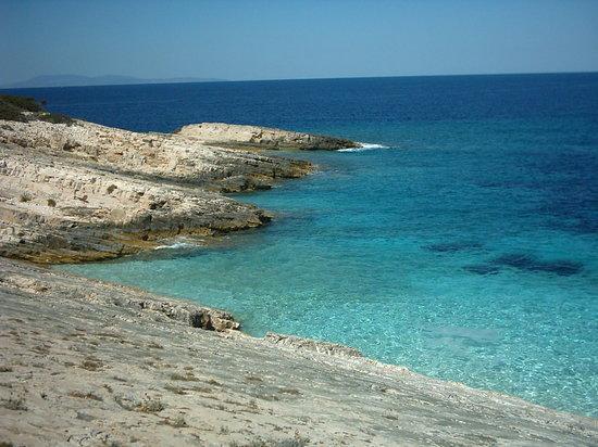 Croazia: Island Proizd
