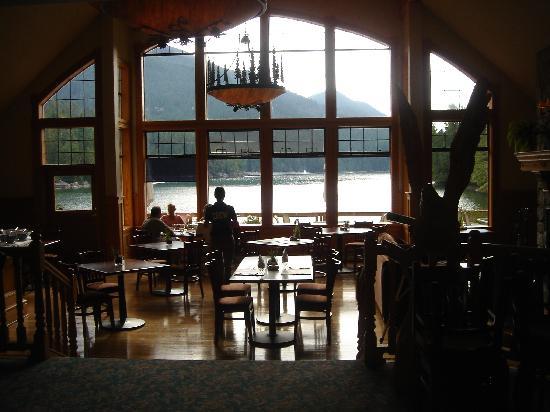 Eagle Nook Resort & Spa: The dining room.