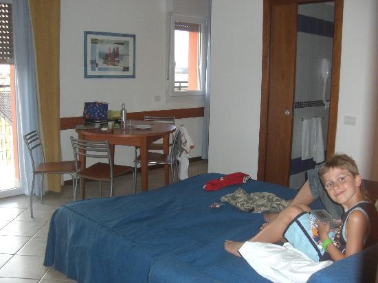 Hotel & Aparthotel Sheila: Wohnraum