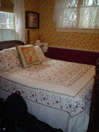 Aysgarth Station Bed and Breakfast: The Henley Room