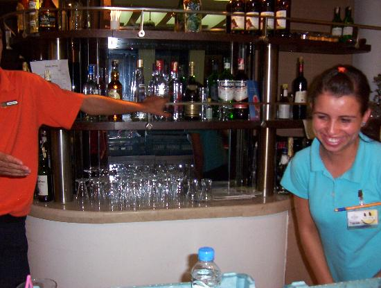 SENTIDO Zeynep Resort: Our favourite member of the bar staff