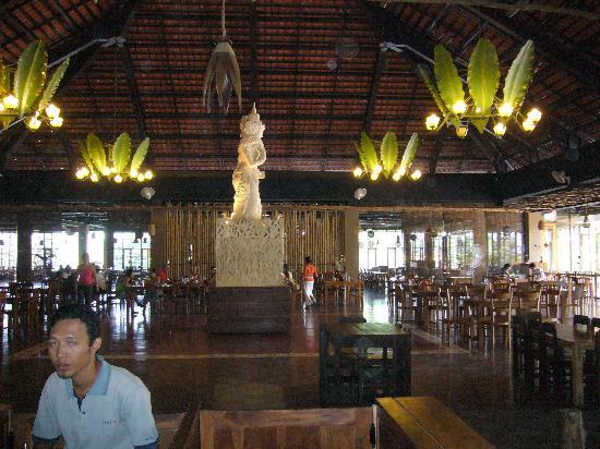 Bali Safari & Marine Park: Food Court at safari park
