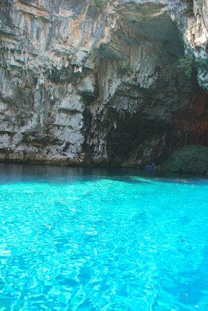 Sami di Inari, Grecia: Melissani Cave