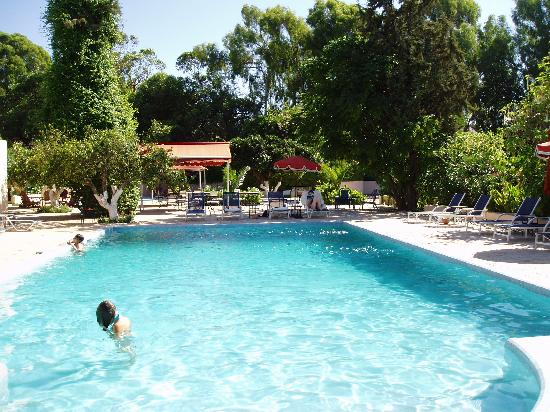 Villa Mandarine: the pool