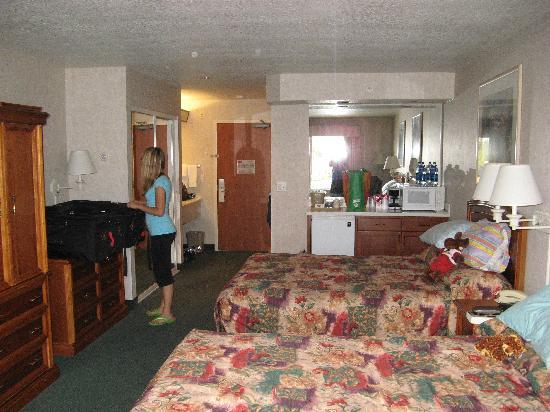 La Quinta Inn & Suites Coeur d' Alene: Room 433 Taken In The Day