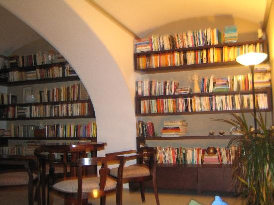 Village House: The English Library