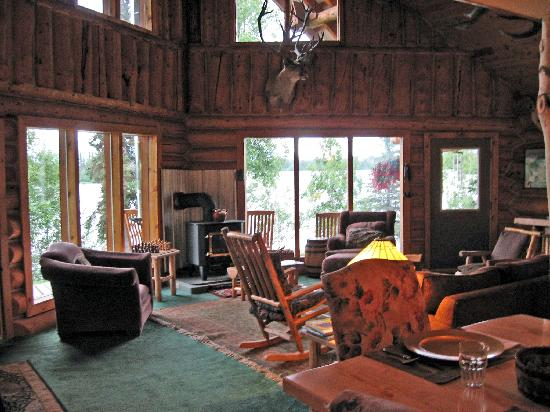 Winterlake Lodge: interior of main lodge