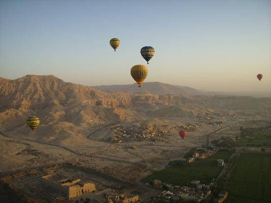 Egitto: Ballooning over Valley of the Kings
