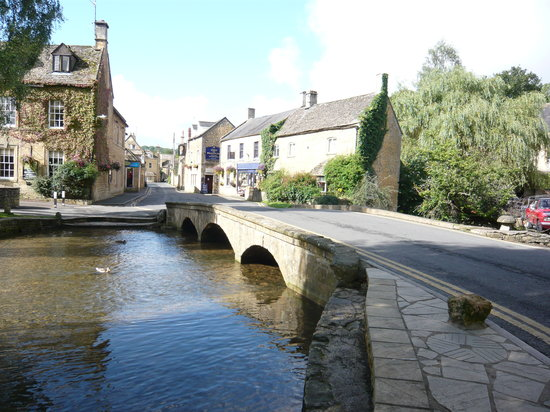‪ذا ديال هاوس: Bourton on the water‬