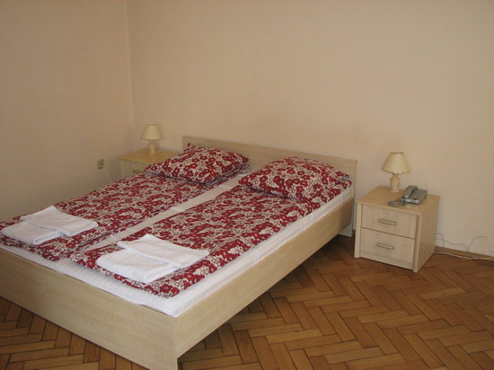 Sodispar Serviced Apartments: Bedroom at the Florence