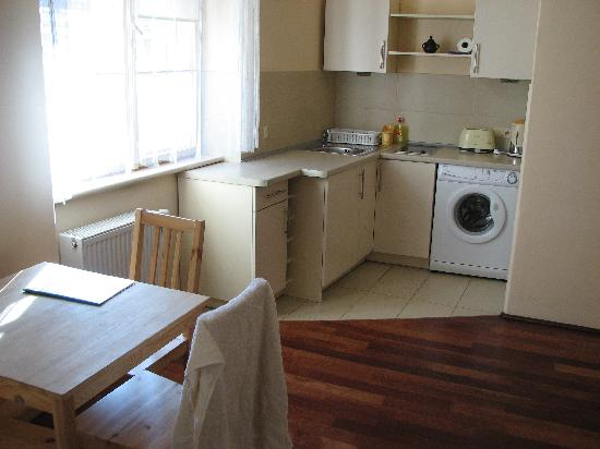 Sodispar Serviced Apartments : Main room at the Florence