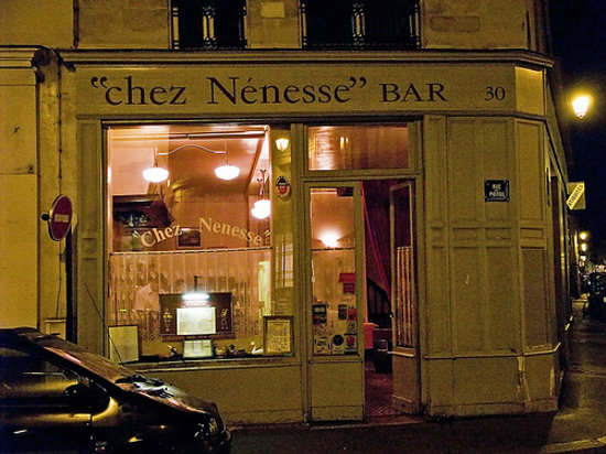 Chez nenesse paris 17 rue de saintonge le marais for Restaurant miroir paris 18