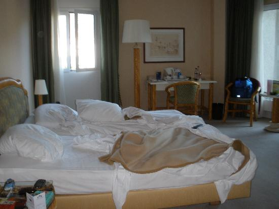 Astra Hotel Vevey: the beds
