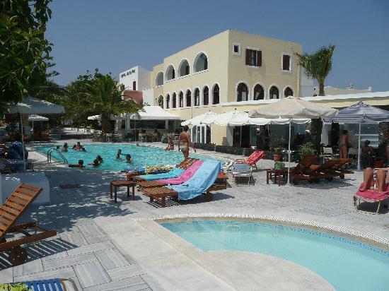 Hotel Makarios: Veduta piscine hotel