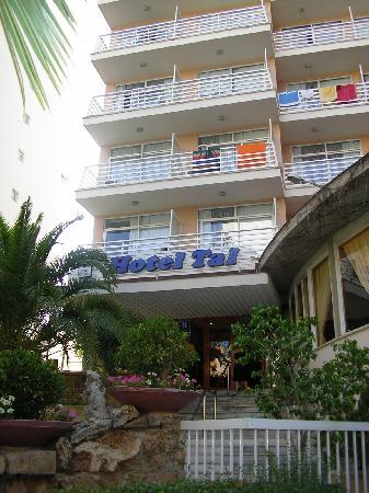 Hotel Pinero Tal: entrada al hotel