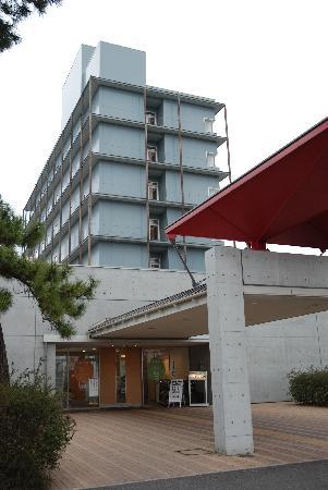 Oyu Hotel : ビジネスホテルは立派
