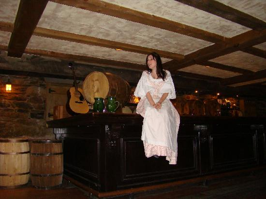 Alexander Keith's Brewery: Our lovely barmaid/tourguide