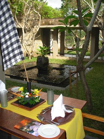 Maya Ubud Resort & Spa: The view at breakfast