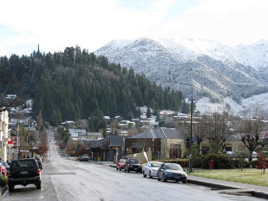 ASURE Hanmer Inn Motel: Hanmer Springs Township - very pretty!!