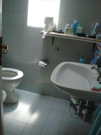 Nodu Pianu : scorcio dell'unico bagno