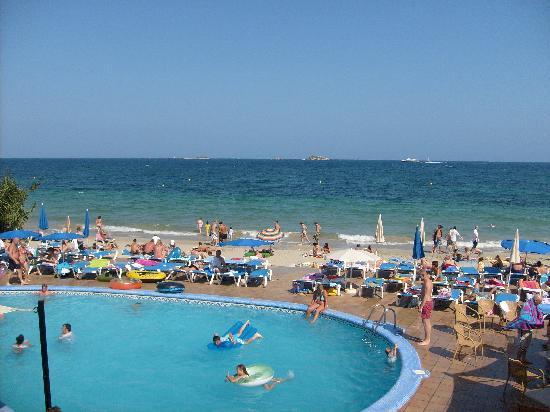 Apartamentos Sal Rossa Ibiza The Swimming Pool