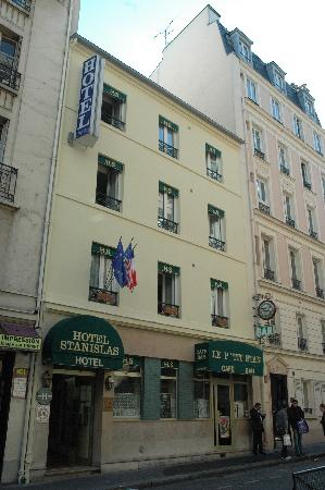 Hotel Stanislas : El edificio de 4 pisos