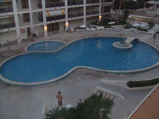 Apartamentos Best Michelangelo: View Of Pool From Our Balcony